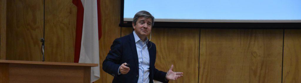 Fundación para el Progreso Chile y Face realizaron charla sobre economía